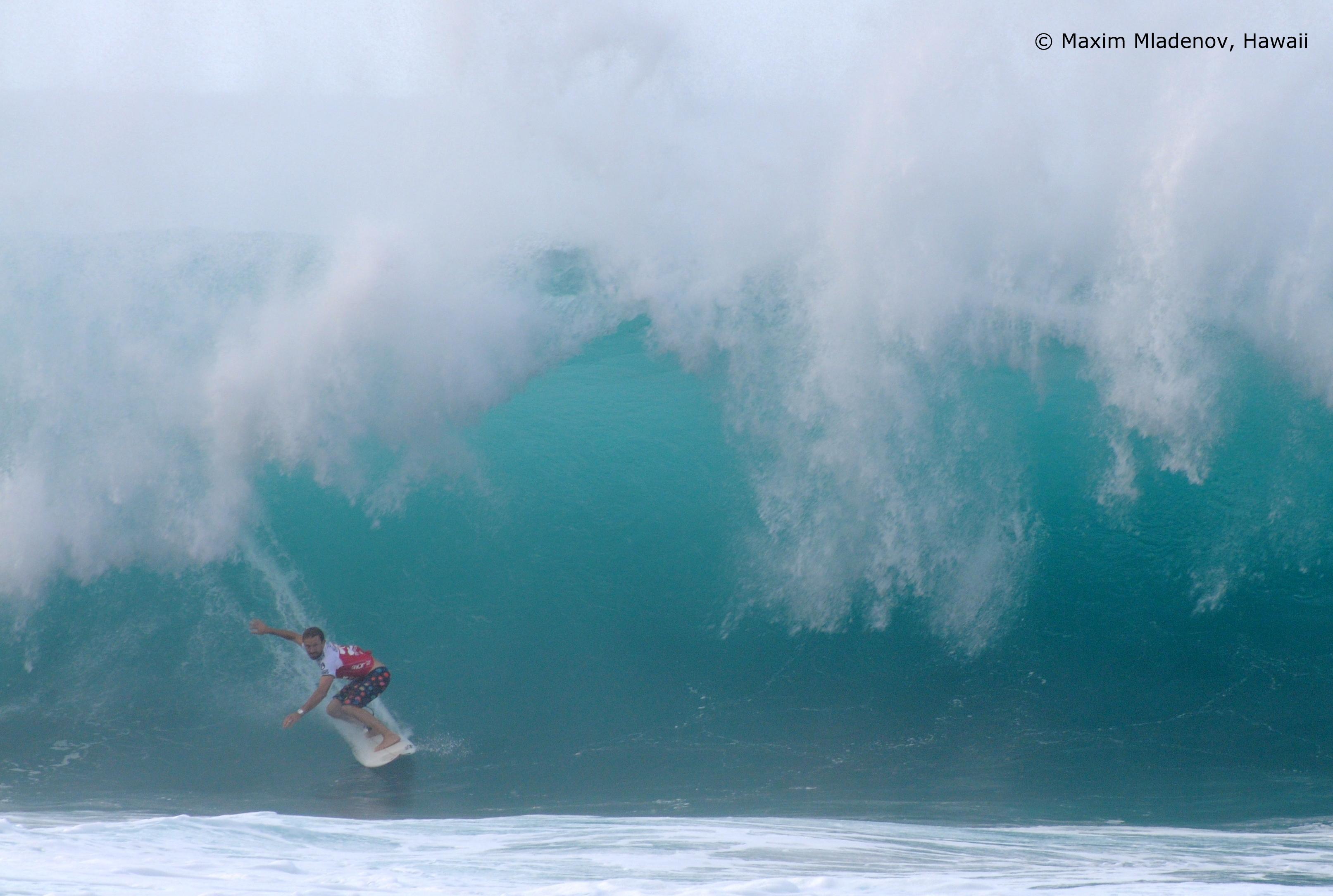Escape - 1er Tour 08-12-2011 Billabong PIPE Masters © Maxim Mladenov, Hawaii
