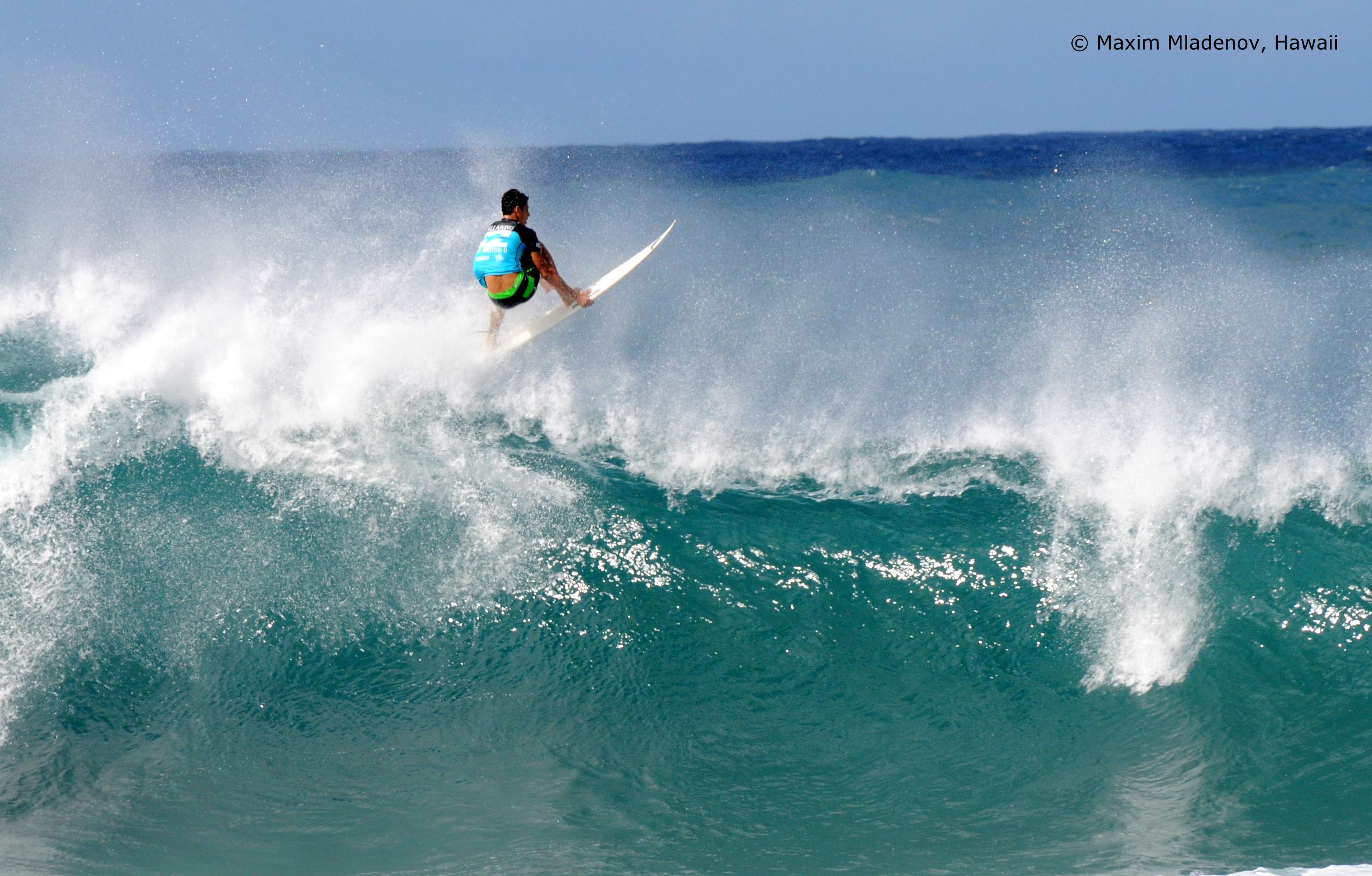 Free Fall -sequ06- 08-12-2011 Billabong Pipe Masters © Maxim Mladenov, Hawaii