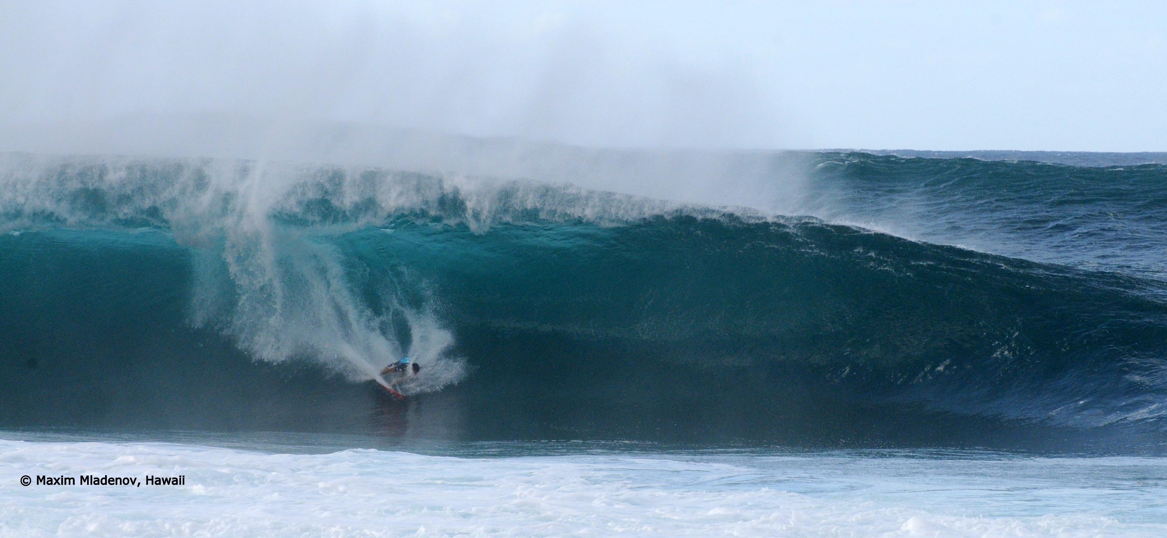 Le tout pour le tout -sequ01 - 1er Tour 08-12-2011 Billabong PIPE Masters © Maxim Mladenov, Hawaii