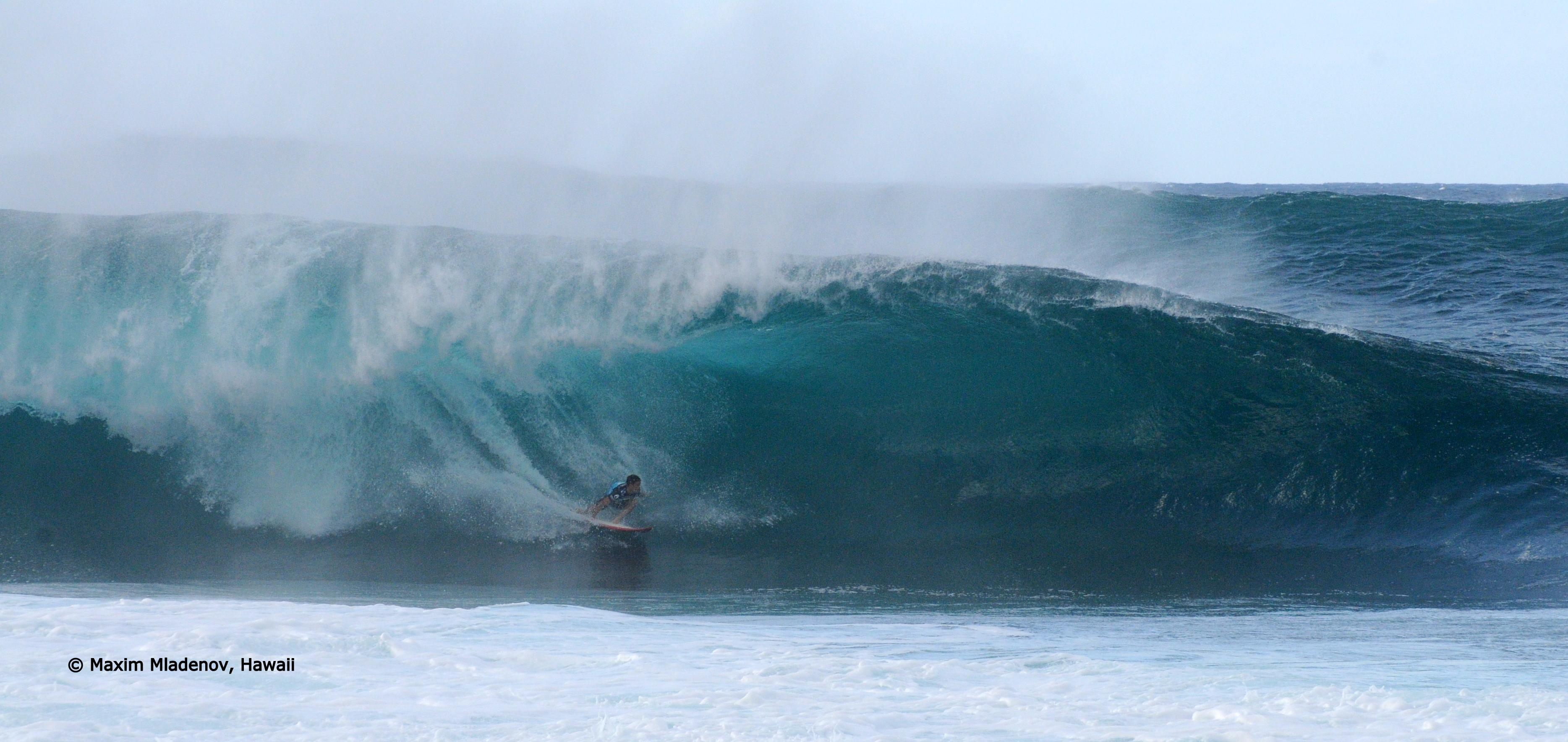 Le tout pour le tout -sequ02 - 1er Tour 08-12-2011 Billabong PIPE Masters © Maxim Mladenov, Hawaii