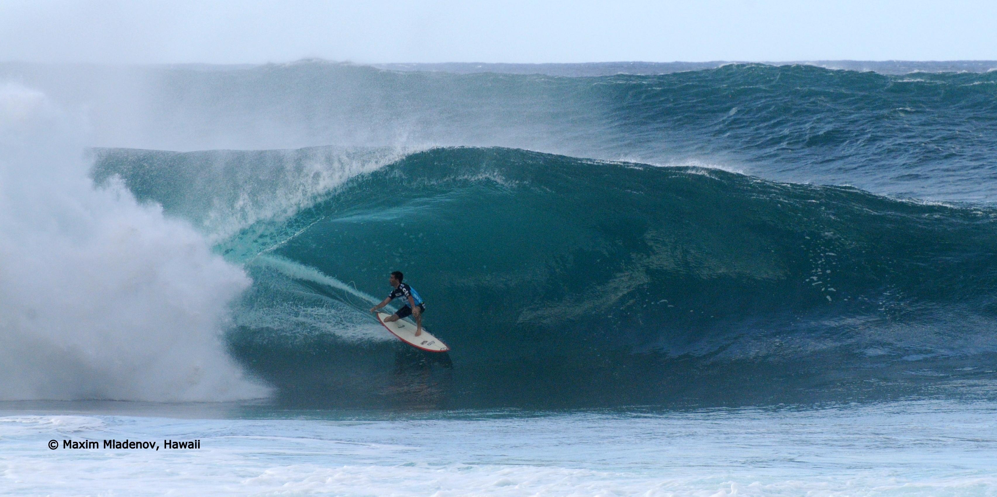 Le tout pour le tout -sequ04 - 1er Tour 08-12-2011 Billabong PIPE Masters © Maxim Mladenov, Hawaii
