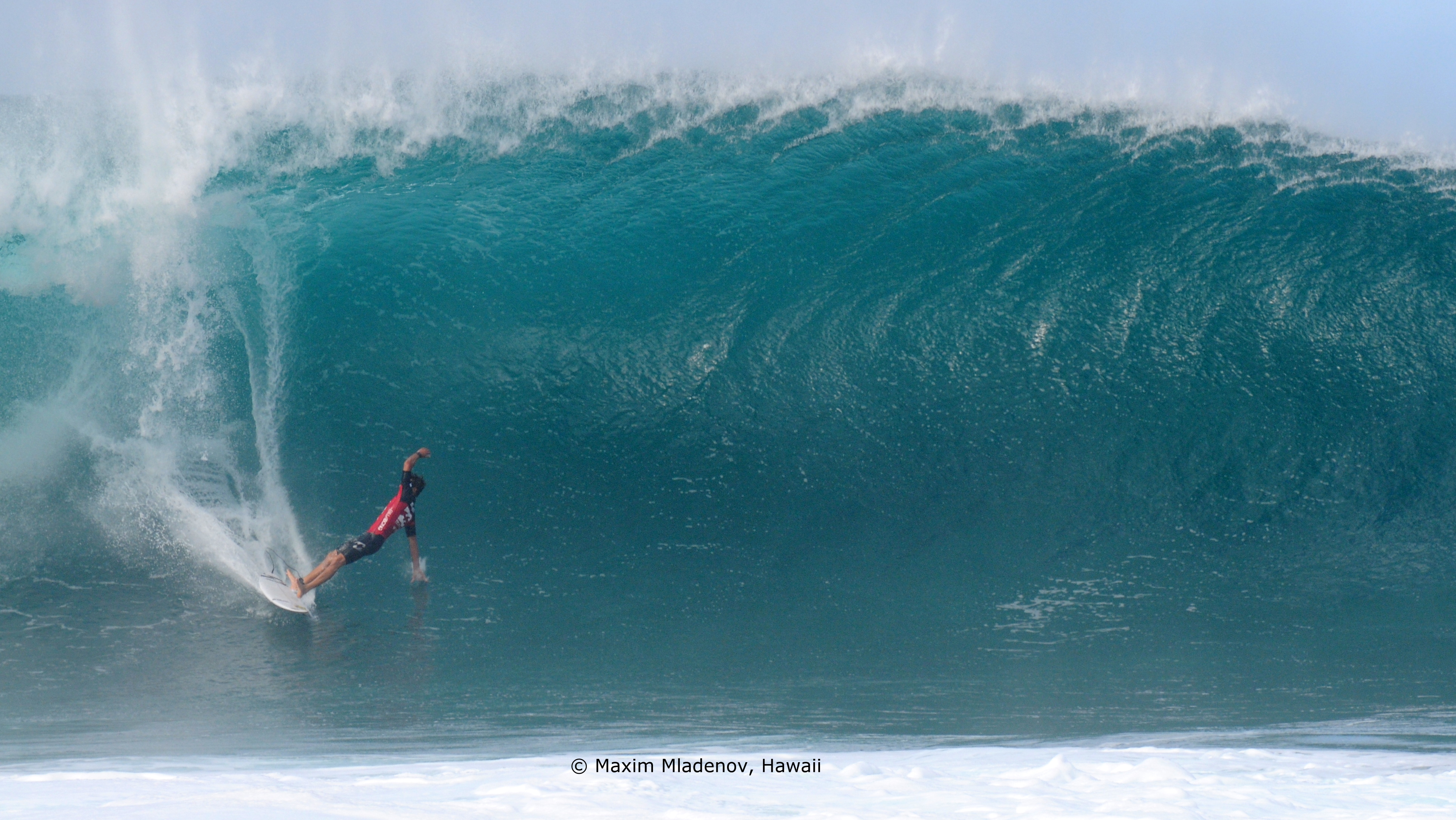 Wipe out 02 - Pipe Masters 2011 © Maxim Mladenov, Hawaii