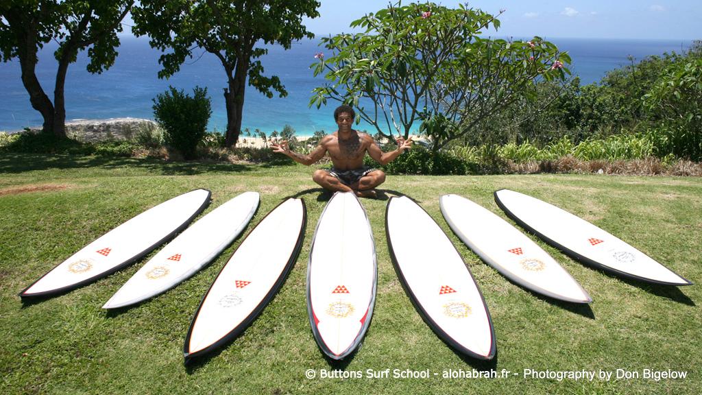 boudha buttons en haut du seven mile miracle ©-Buttons-Surf-School-alohabrah.fr_.jpg
