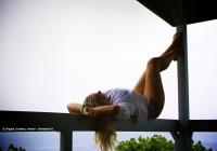 Sur la terrasse de © Angela Cordeiro à Hawaii - alohabrah.fr