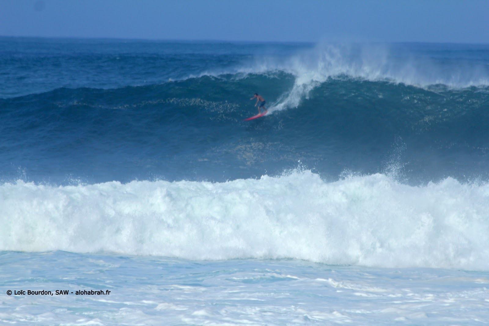 Great, waimea swell du 04-01-12 © Loïc Bourdon, SAW - alohabrah.fr