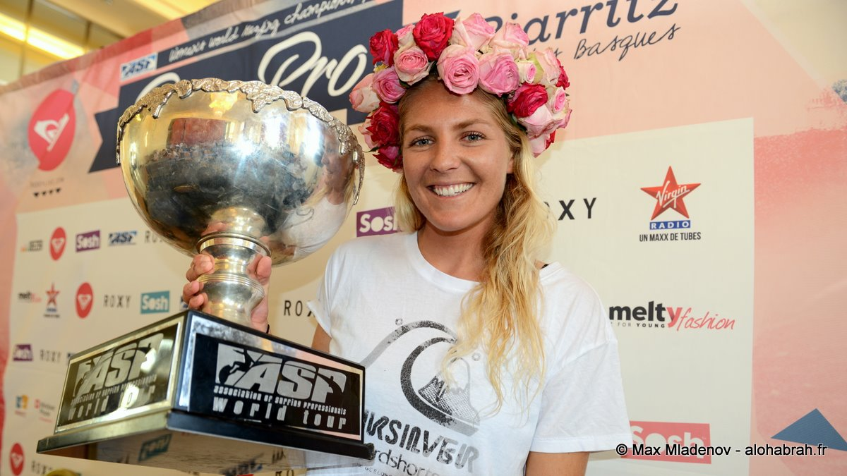 Photo at the Press Conference Stephanie Gilmore #5 World Champion @Roxy Pro 2012 Biarritz © Max Mladenov, alohabrah.fr