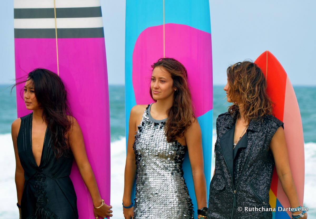 Kelia Moniz, Justine Mauvin & Kassia Meador - © Ruthchana Dartevelle