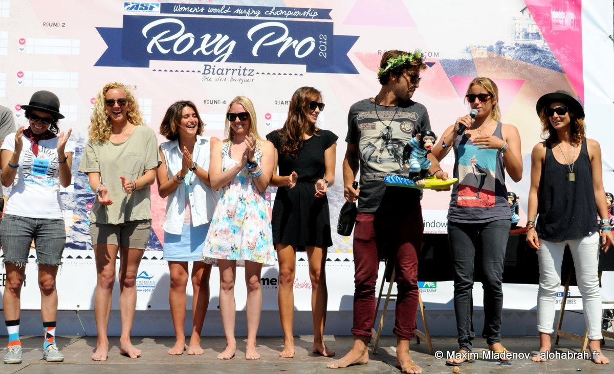Kassia Meador Invitational Podium @Roxy Pro 2012 © Maxim Mladenov - alohabrah.fr