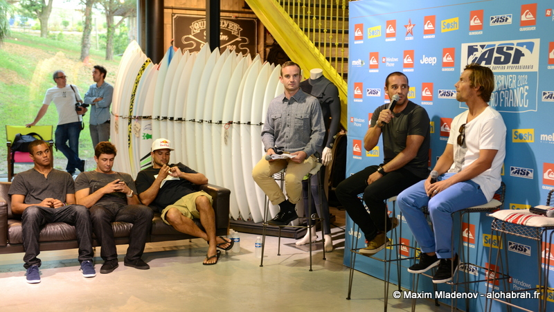 Conference presse with Tiago Pires @Quiksilver Pro France 2012 © Maxim Mladenov - alohabrah.fr