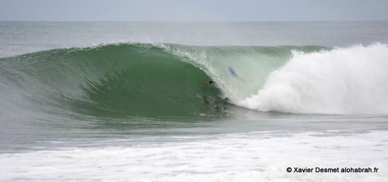 Yadin Nicol Barrel @Round 1 @ Quiksilver Pro France 2012 ©Xavier Desmet - alohabrah.fr