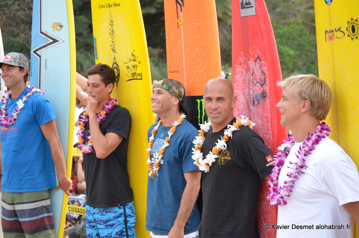 Photo with Kelly & consors © Xavier Desmet, Eddie Aikau